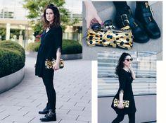 goldene Tasche, Tasche in Schleifenform, schwarzes Fransenkleid, schwarzes Kleid mit Fransen, Boots mit goldenen Schnallen, Mode Blog, Fashion Blog, Like A Riot