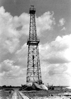 Texas Oil Derrick. Everywhere Powerful Micro Computer Oil and Gas Joy Richard Preuss Crude Oil Joy Richard Preuss Breaking News
