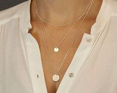 How to layer thin necklaces? Try these 14 styles, shop the look!