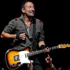 Bruce Springsteen Dusts Off 'Linda Let Me Be the One' for the first time in 40 years