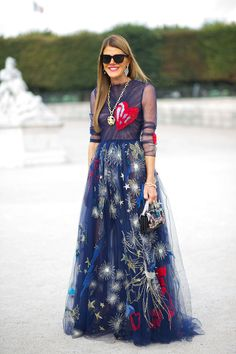 Anna Dello Russo in Valentino at Paris Fashion Week Spring2015 #annadellorusso #pfw #valentino