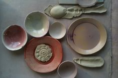 Dietlind Wolf, stoneware and porcelain.