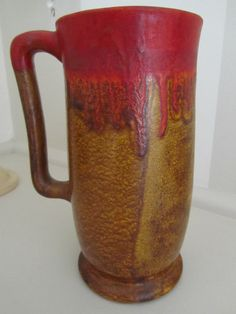 19cm x 12.5cm RARE VINTAGE MELROSE WARE SINGLE HANDLED DIP GLAZED POT.