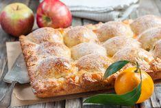 Пирог из творожного теста с яблоками – пошаговый рецепт с фотографиями Apple Pie Recipes, Fruit Recipes, Sweet Recipes, Dessert Recipes, Cooking Recipes, Pie Dessert, Tasty Pastry, Cheese Pastry, Healthy Deserts