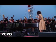 Andrea Bocelli, Helene Fischer - When I Fall In Love - Live / 2012 - YouTube