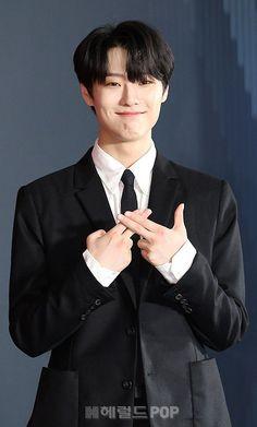 Seungyoun on Presscon 190827 Please Love Me, Quantum Leap, Love U Forever, Instagram Handle, Dream Baby, Picture Credit, Seong, Korean Men, Kpop Boy