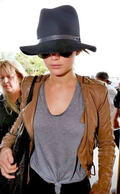 6 best Jennifer Lawrence casual style outfits 3
