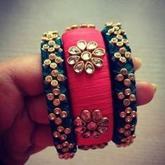 Silk Thread Bangles Design, Silk Thread Necklace, Silk Bangles, Bridal Bangles, Thread Bracelets, Diy Fabric Jewellery, Thread Jewellery, Hand Embroidery Videos, Jewelry Patterns