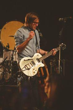 Dustin Sauder, guitarist for Kari Jobe