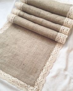 Burlap Table Runners, Burlap Crafts, Hessian, Potpourri, Sewing Projects, Embroidery, Crochet, Creative, Pattern
