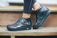 Alegria Shoes Caiti Yeehaw Black on closeout at Alegria Shoe Shop!