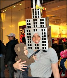 21 Babywearing Halloween Costumes - The Anti-June Cleaver Do you have an infant and want an easy way to bring them around the neighborhood on Halloween? Wear them with one these babywearing Halloween costumes. Creative Baby Costumes, Diy Baby Costumes, Great Halloween Costumes, Creative Halloween Costumes, Costume Ideas, Halloween Ideas, Infant Halloween, Halloween Traditions, Toddler Costumes