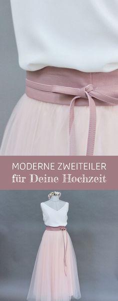 Brautkleid Zweiteiler mit schlichtem Braut Top, Tüllrock in Rosa und Brautgürtel in Rosé #brautkleid #zweiteiler