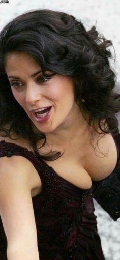 Beautiful Mexican Women, Gorgeous Women, Telenovela Teresa, Salma Hayek Pictures, Selma Hayek, Girl Facts, Beautiful Bollywood Actress, Hot Actresses, Peek A Boos