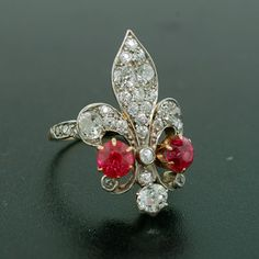 Victorian18kt & Plat Diamond & Ruby Fleur-de-lis Ring