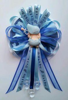 Baby shower corsage by Fancy Little Favors! follow us on Facebook: http://www.Facebook.com/fancylittlefavors