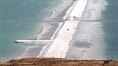 Dead Sea - Salt barrier