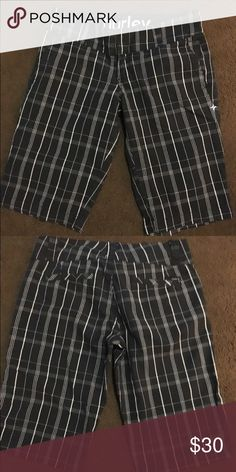 WOMENS Hurley PLAID shorts size 7 HIRLEY SHORTS WORN ON E OR TWICE Hurley Shorts Bermudas