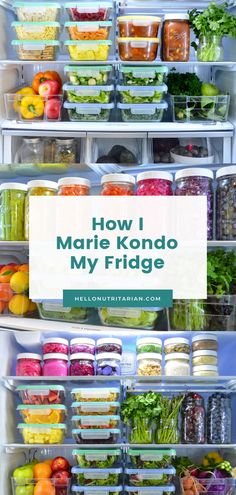 The Eat to Live Fridge I've been obsessed with Marie Kondo's Tidying Up Netflix Series and it just so happens that I employ so many of her KnoMari principles when it comes to organizing my fridge! I'm a whole food plant-based, nutritarian eater and I beli Calendula Benefits, Matcha Benefits, Coconut Health Benefits, House Cleaning Tips, Cleaning Hacks, Healthy Fridge, Healthy Eating, Tomato Nutrition, Fridge Organization