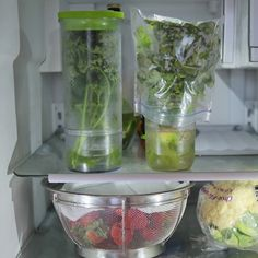 Herb and strawberry storage tip