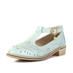 Preppy Style Round Toe Carving Buckle Thick Heel Women Flats