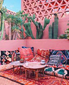Riad Be Marrakech Patio Interior, Interior And Exterior, Outdoor Lounge, Outdoor Decor, Outdoor Living, Murs Roses, Morrocan Decor, Moroccan Theme, Riad Marrakech