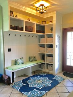 Home Remodeling Mudroom My dream entry! Mudroom Laundry Room, Laundry Room Design, Mudroom Cubbies, Home Renovation, Home Remodeling, Back Doors, Diy Door, Interiores Design, Home Organization
