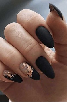 50 Pretty Ways to Wear Dark Blue Nails – navy blue nails, navy blue nail art… Classy Nail Designs, Black Nail Designs, Nail Art Designs, Pretty Nail Designs, Nails Design, Classy Nails, Stylish Nails, Simple Nails, Nails Ideias