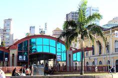 Terminal de ônibus urbano.