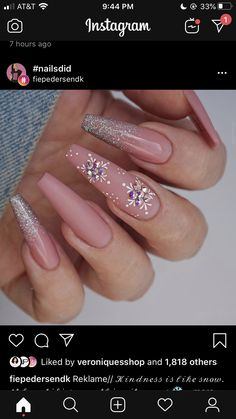 – Xmas Nails – Water Christmas nails are that necessary component of your good vacation look. that's why we have a tendency to are suggesting to your attention this recent Christmas nail art compilation! Aycrlic Nails, Xmas Nails, Bling Nails, Holiday Nails, Christmas Nails, Coffin Nails, Pink Christmas, Stiletto Nails, Cute Acrylic Nail Designs