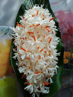 Flowers of Bangladesh ©: 'Shefali' / 'Shiuli', a common Autumn Flower from Bangladesh Lotus Flower Art, Butterfly Flowers, Fall Flowers, White Flowers, Beautiful Flowers Garden, Beautiful Roses, Pretty Flowers, Beautiful Images, Gardenias