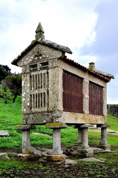 Baiona. Pontevedra  Spain Places To See, Places Ive Been, Celtic Nations, Spain Culture, Church Architecture, Spain And Portugal, Building Materials, Countryside, Abandoned