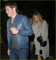 Suki Waterhouse and James Marsden walk out of The Little Door restaurant after dining together in Los Angeles James Marsden, Suki Waterhouse, Walk Out, Harry And Meghan, Actors & Actresses, Walking, The Originals, Celebrities, Restaurant