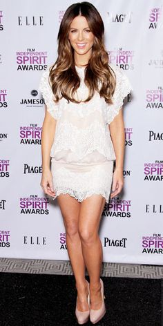 Beckinsale announced the Independent Spirit Award nominees in a lacy Tadashi Shoji minidress and Brian Atwood pumps.