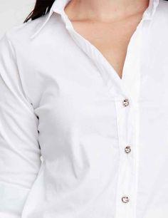 <p>As+suas+camisas+brancas,+com+o+tempo,+têm+necessidade+de+levar+uma+lavagem+especial+para+voltarem+a+ficar+brancas+como+no+primeiro+dia.+Existe+uma+solução+muito+simples+para+fazer+essa+lavagem+e que+devolve+o+branco+que+elas+tinham,+bastando+para+isso+fazer+o+seguinte:+– +Numa+bacia deite água+morna+com+…</p>