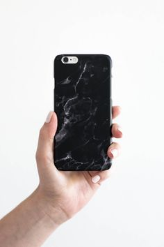 hard cover phone case for iPhone and Samsung phones. black marble pattern. Designed in Vienna, Austria, produced in Germany. By annalauraloves.