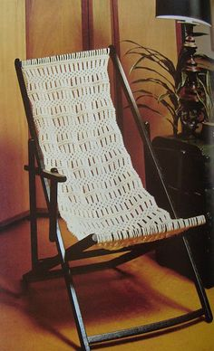 Elizabeth Abernathy: Macrame Seat for Sling Chair
