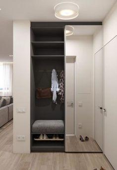 Idee Interior design - Ingresso Entrance ideas, home decor Closet Mirror, Hallway Closet, Sliding Closet Doors, Master Closet, Mirror Door, Home Entrance Decor, Entrance Design, House Entrance, Entrance Ideas