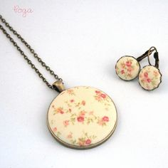 Surprise yourself or someone dear to your heart with this cute flower set. Click the link below to order your pair! Retro Flowers, Pocket Watch, Shabby Chic, Pairs, Pendant Necklace, Heart, Floral, Cute, Instagram Posts
