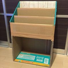diy cardboard crafts 43 Cool Diy Cardboard Furniture Design Ideas To Try Asap Cardboard Organizer, Diy Cardboard Furniture, Cardboard Storage, Cardboard Box Crafts, Cardboard Display, Diy Storage, Diy Furniture, Furniture Design, Karten Display