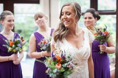 Laidback rustic wedding // Beaumonde wedding dress // Photography by Lauren McGlyn