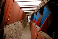 Down the alley Frank Lloyd Wright, Spaces, Architecture, Arquitetura, Architecture Design