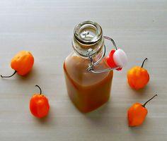Sweet Pineapple, Mango, Habanero Sauce - Frugal Hausfrau Mango Habanero Sauce, Habanero Recipes, Pineapple Sauce, Jalapeno Hot Sauce Recipe, Hot Sauce Recipes, Canning Recipes, Healthy Recipes, Healthy Meals, Spices