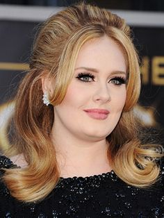 It's hard for us to decide what we like about Adele more: her powerful bring-you-to-tears music or her killer cat eye (hey, we're beauty people, what can we say?). But on the latest cover of Rolling Stone, we see...