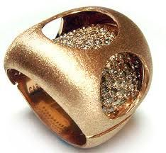 GORGEOUS ring from carla amorim