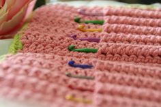 Easy Crochet Hook Case Pattern | see some of my additional notes here and here .)