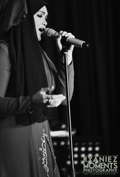 Siti Nurhaliza, Singer, Stars, Celebrities, Beautiful, Celebs, Singers, Sterne, Celebrity