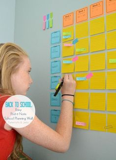 Tips & Tricks To Make Life Easier! Easy post it note school planning system