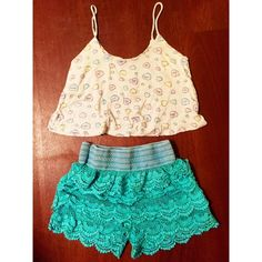 Witty candy hearts crop top Super funny and cute. Really soft too Nollie Tops Tank Tops