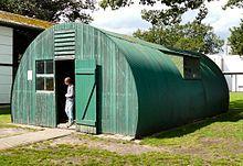 https://de.wikipedia.org/wiki/Nissenhütte